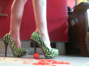 Dominazione monetaria Miss Wagon Vegan Fetish Trash in WebCam su MCG